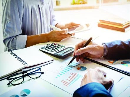 Auxiliar Financeiro e Tributário
